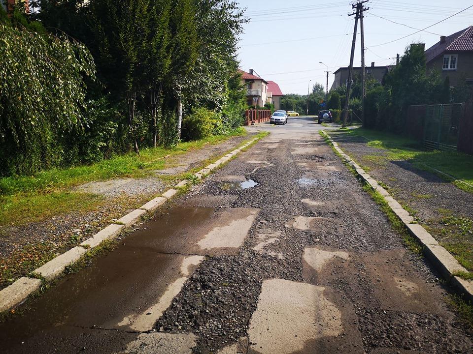 Ulica Różana nie będzie już... dziurawa