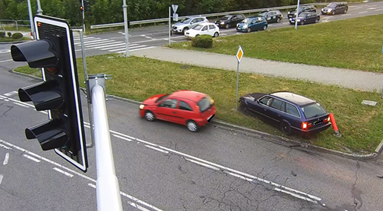 Dlaczego na skrzyżowaniu przy Sarnim Stoku tak często dochodzi do wypadków? Jest analiza