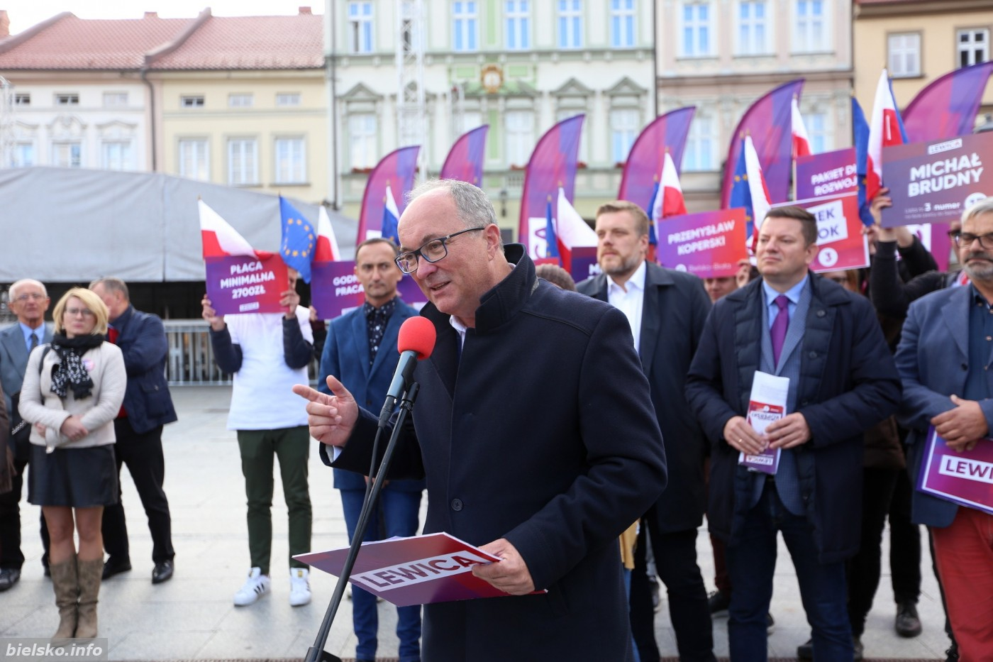 'Koncert życzeń' Trzech Tenorów lewicy na bielskim rynku