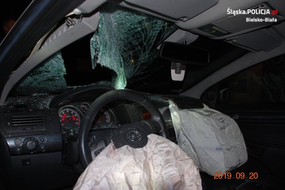 Kierowca opla śmiertelnie potrącił 61-latka [wideo]