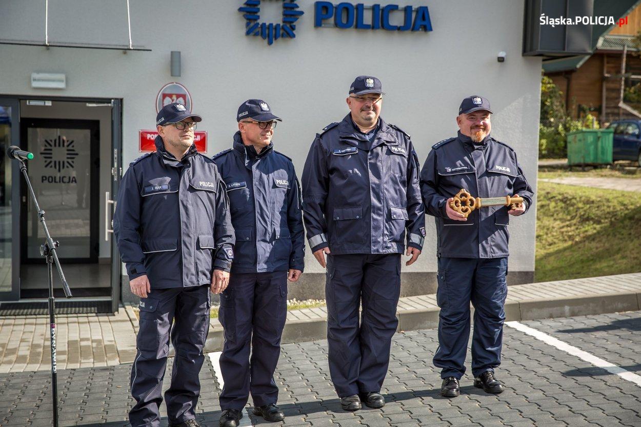 W poniedziałek oficjalne otwarto dwa nowe posterunki policji