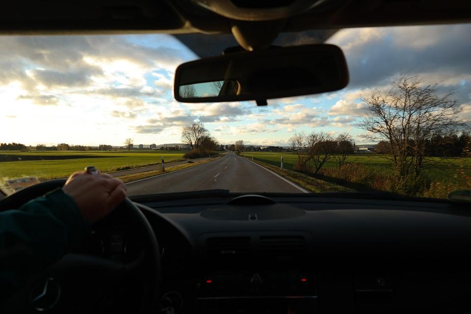 Trochę słońca i kierowcy tracą rozum!
