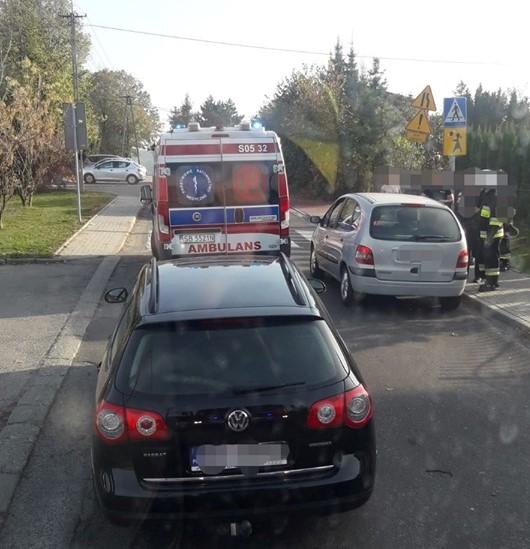 Potrącenie 12-latki na pasach. Dziewczynka wtargnęła pod samochód?