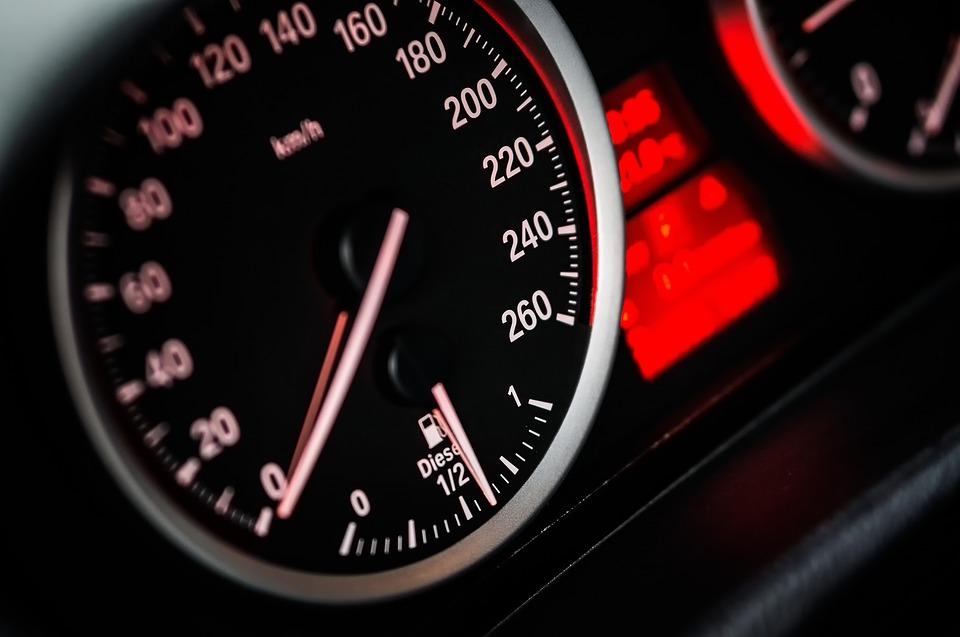 Ponad 90% kierowców to piraci drogowi?