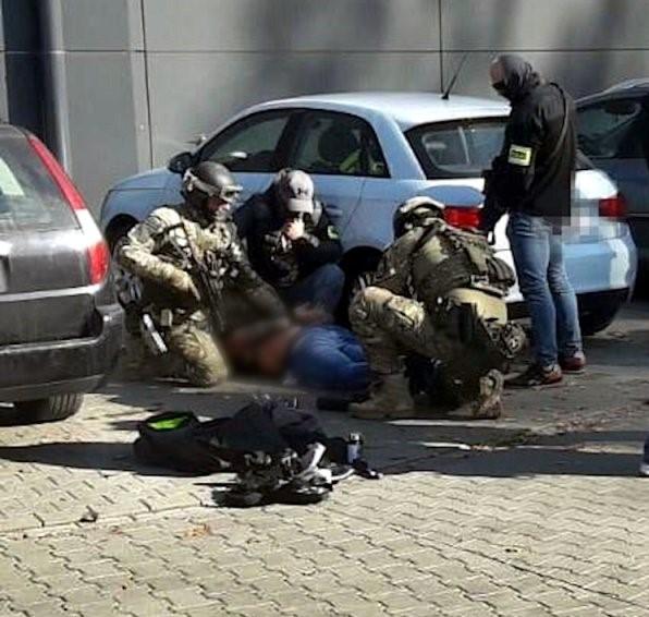 Policjanci z Bielska zapobiegli porwaniu dla okupu! [foto]