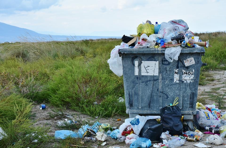 Za wywóz śmieci zapłacimy więcej. Nawet o 100%!