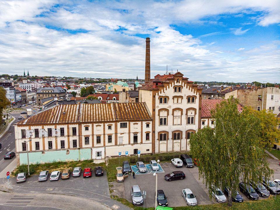 Bielsko: w zabytkowej fabryce powstaną mieszkania! [wideo]