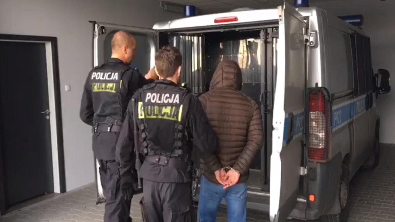 Pseudokibic rozbojem próbował wymusić 40 tys. zł
