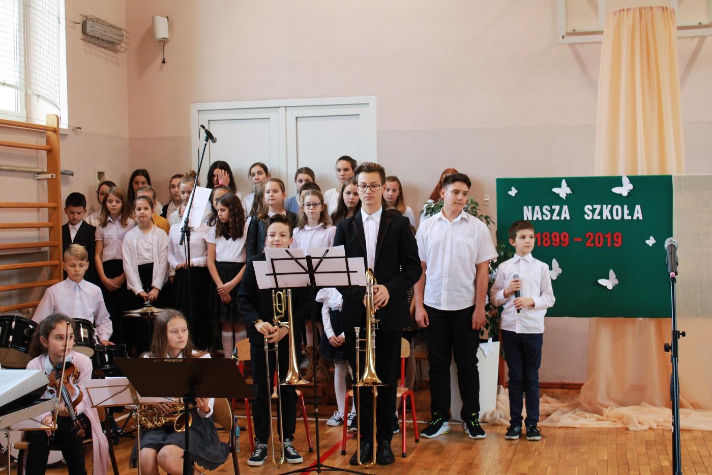 Szkoła Podstawowa nr 1 w Żywcu  obchodzi 120-lecie [foto]