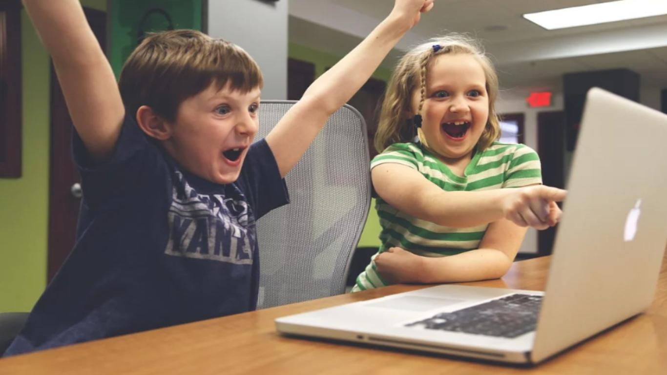 Walczysz z uzależnieniem od komputera? Przyjdź na spotkanie!