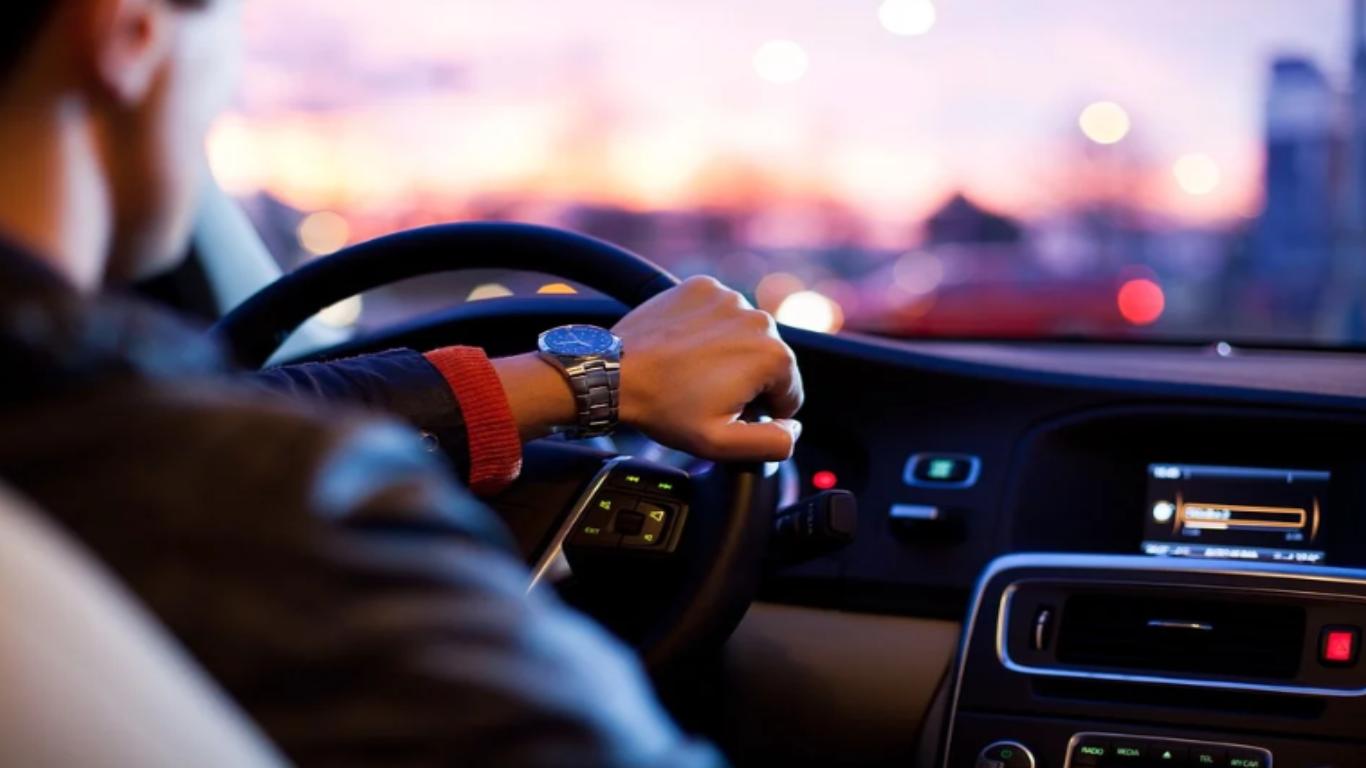 Jedziesz za wolno samochodem? Dostaniesz mandat