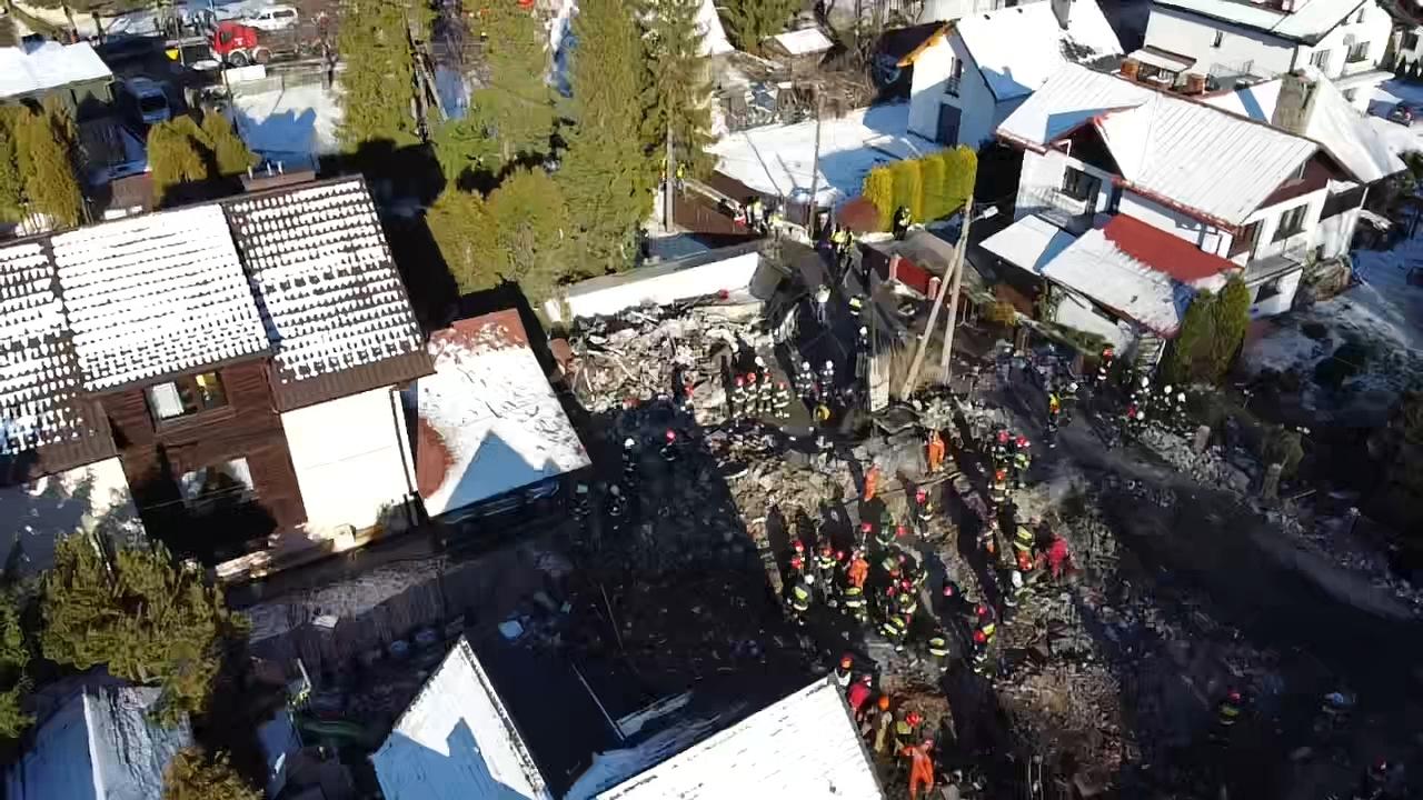 Tragedia w Szczyrku. Ciało kolejnej osoby wydobyte z gruzowiska [VIDEO] [FOTO] [AKTUALIZACJA]