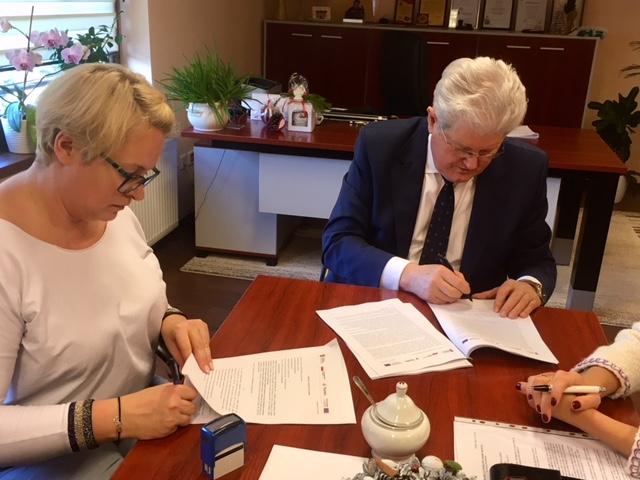 Umowa na ponad 2 mln podpisana