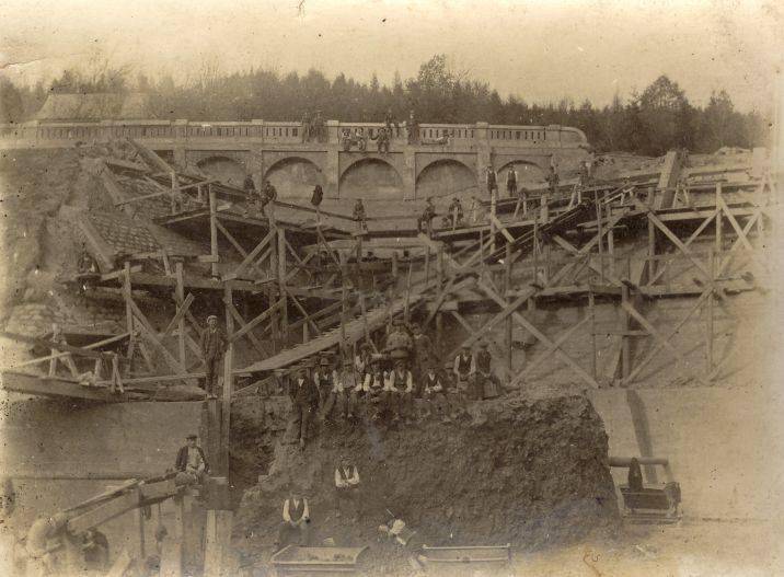 Zapora Porąbka -  niezwykłe zdjęcia z budowy