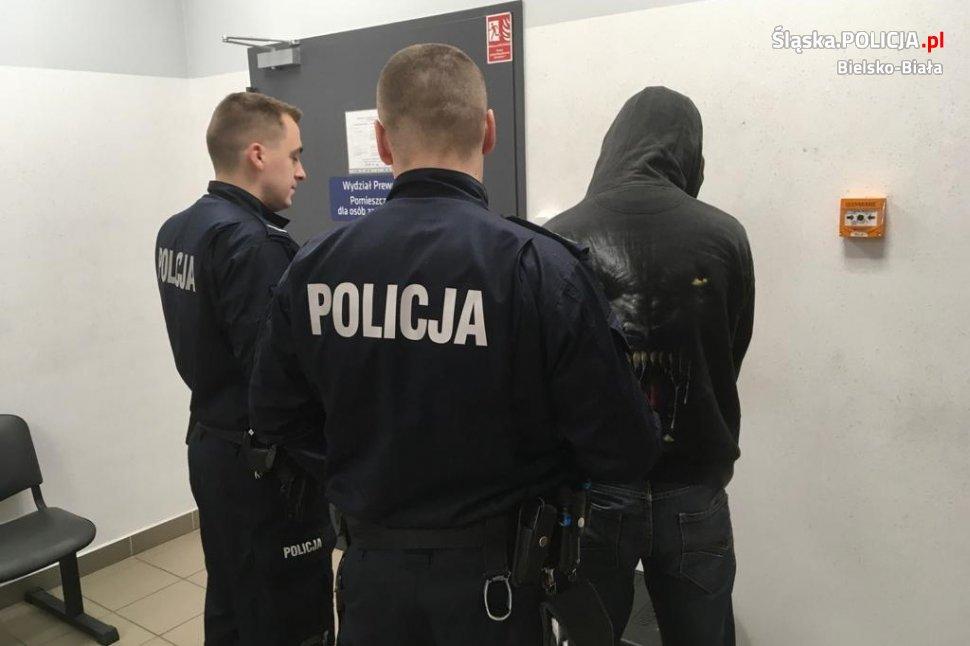 Policjanci zatrzymali kierowcę z amfą pod nosem