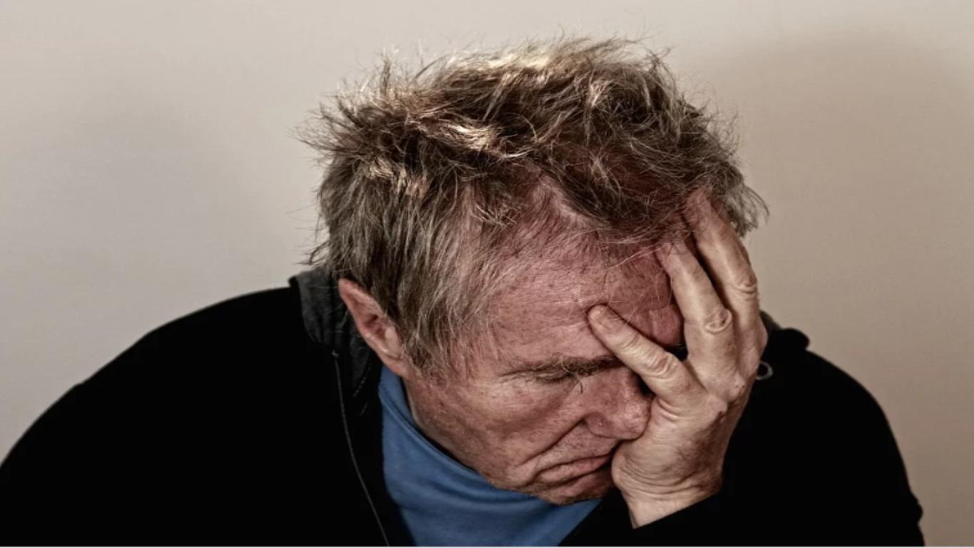 Oszuści znowu przypuścili szturm na starsze osoby