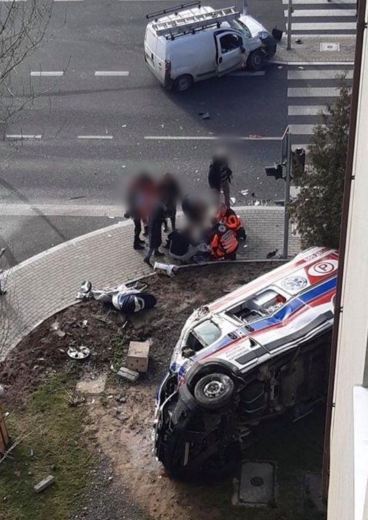 Wypadek z udziałem karetki w Bielsku-Białej