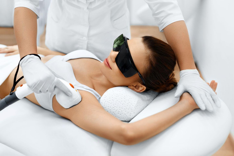Skuteczna i bezbolesna depilacja laserowa
