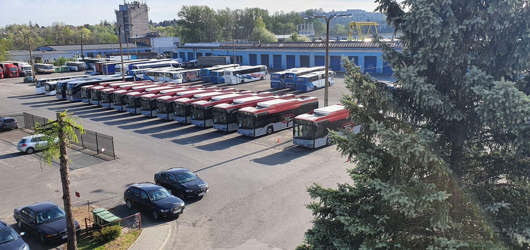 13 nowiutkich autobusów na gaz CNG dotarło do bielskiego PKS
