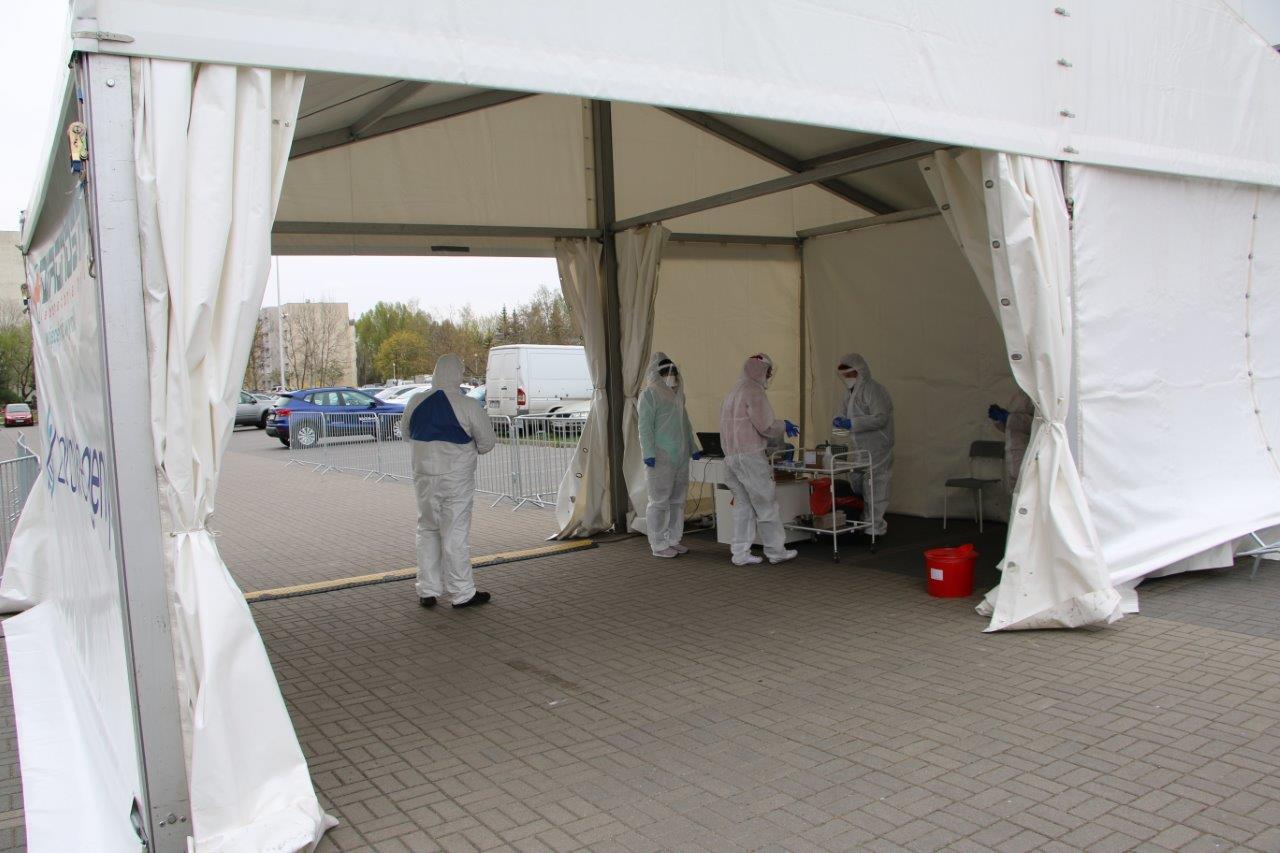 DIAGNOSTYKA rozpoczyna w Bielsku-Białej darmowe testy na Covid-19 dla personelu medycznego