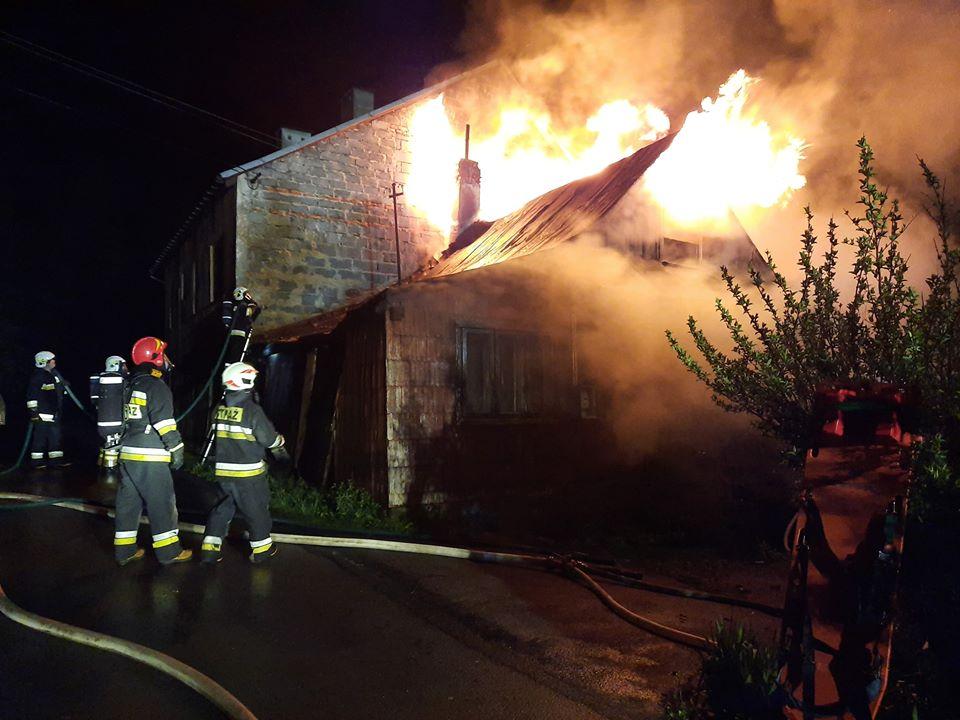 Kobieta zginęła w pożarze domu