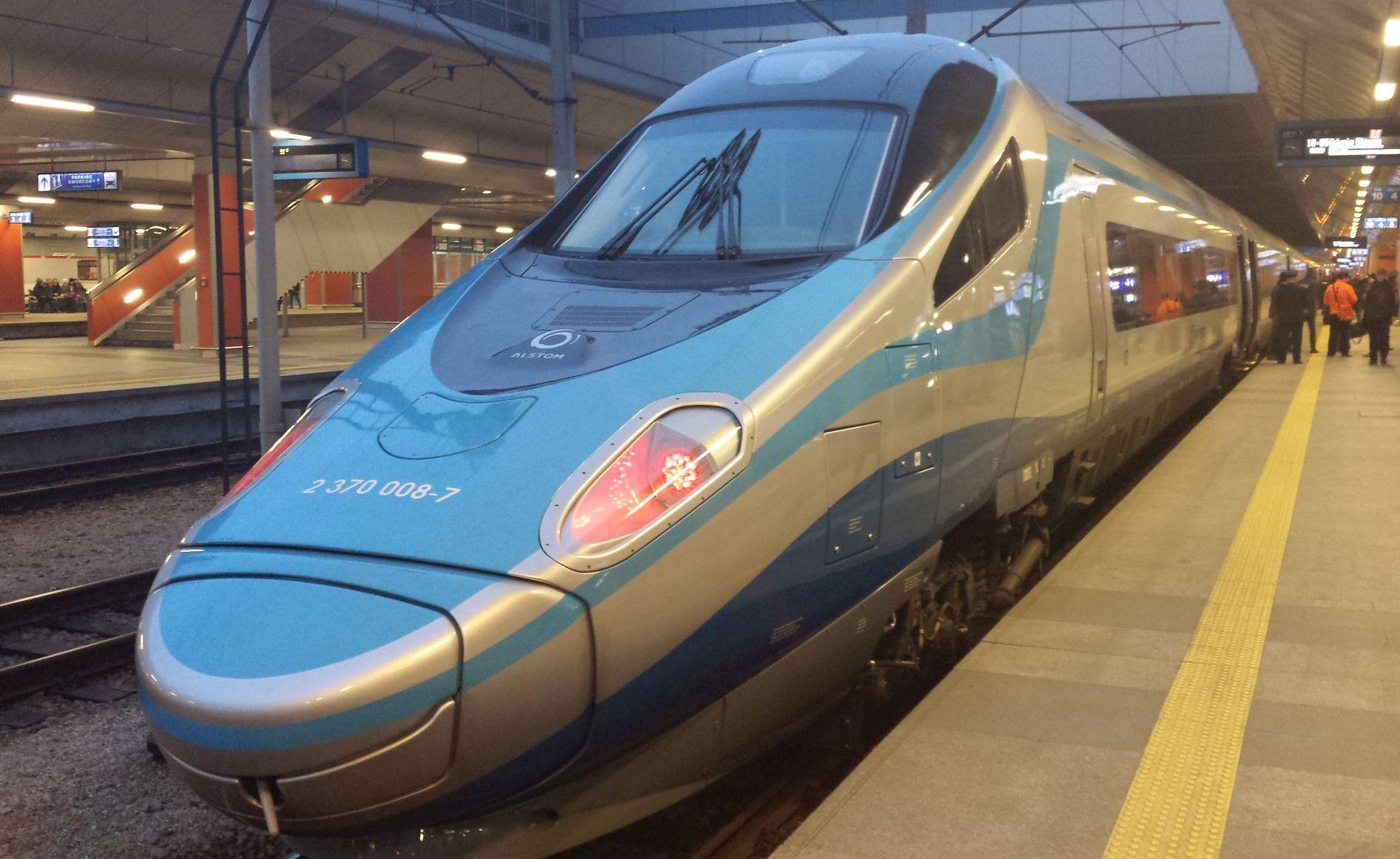 Koronawirus w dwóch pociągach do Bielska-Białej. KOMUNIKAT
