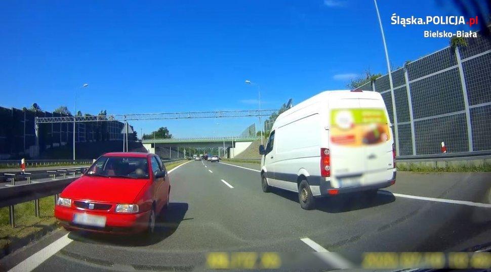 Krok od tragedii na drodze ekspresowej S-1 w Bielsku-Białej [VIDEO]