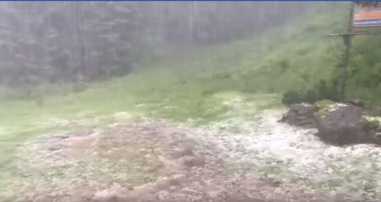 Pogoda zaskoczyła turystów w górach