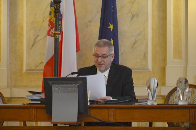 Przewodniczący bielskiej Rady Miejskiej z koronawirusem