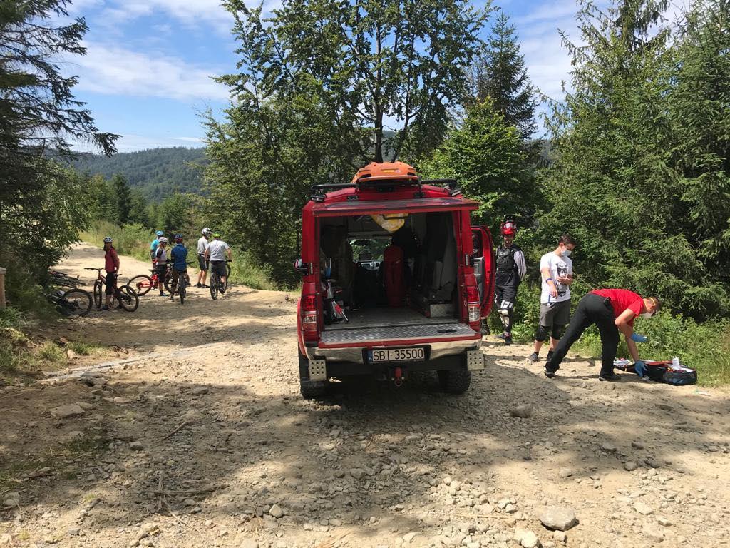 Sporo wypadków rowerzystów w górach. W pogotowiu GOPR i LPR