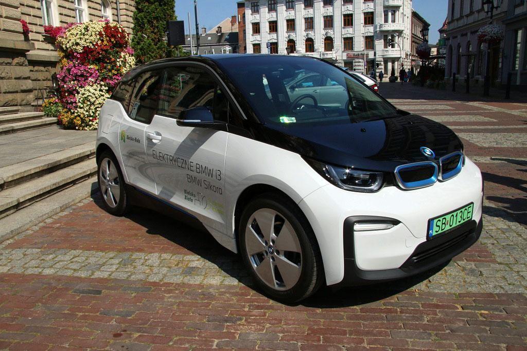 Elektryczne BMW w taborze miasta