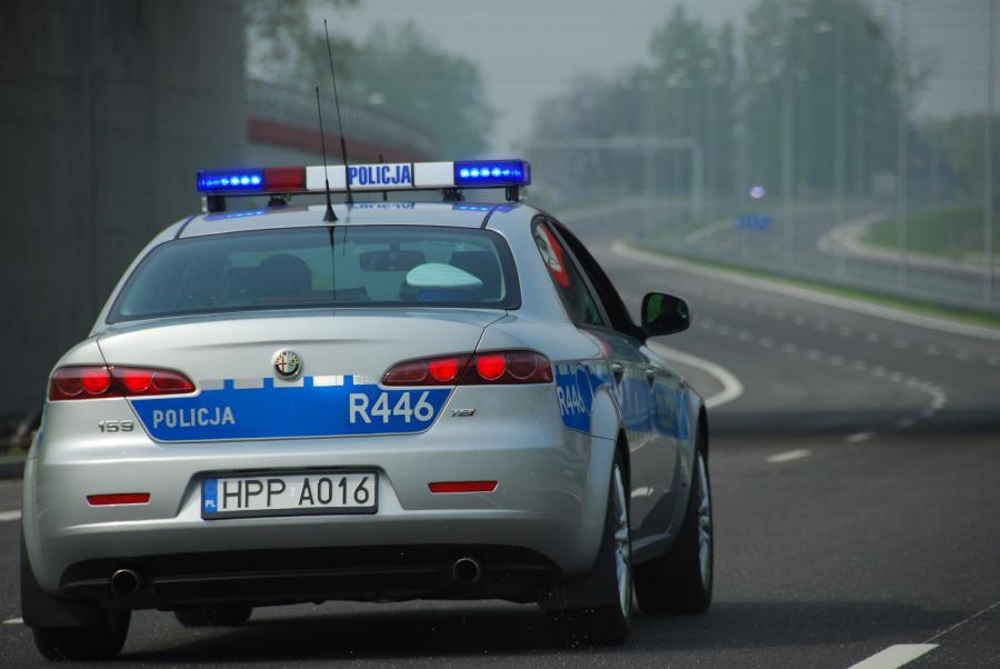 Policyjny pościg za 18-letnim kierowcą