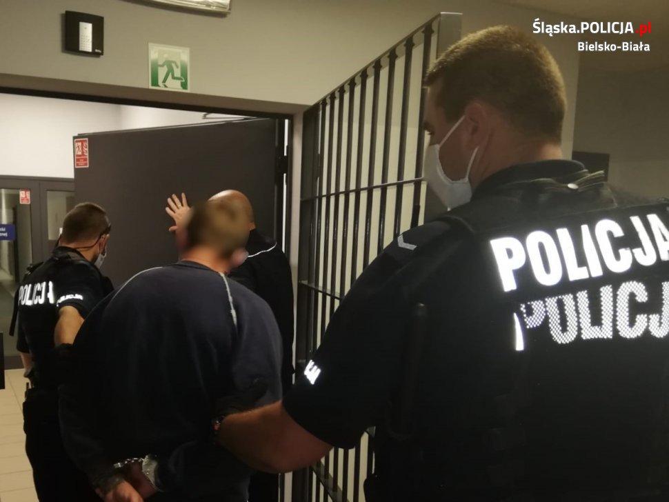 Bielsko-Biała: strażnicy miejscy zaatakowani przez wandali