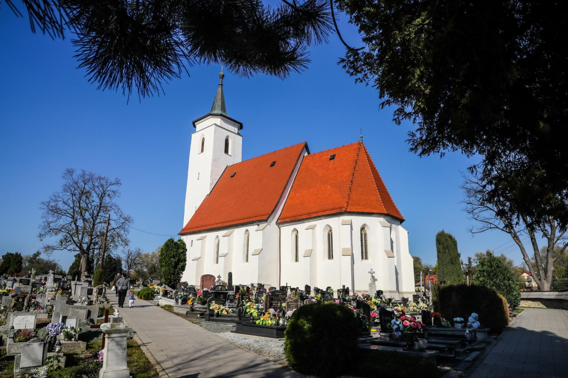 Tytuł Modernizacja Roku 2019 za remont kościoła w Starym Bielsku