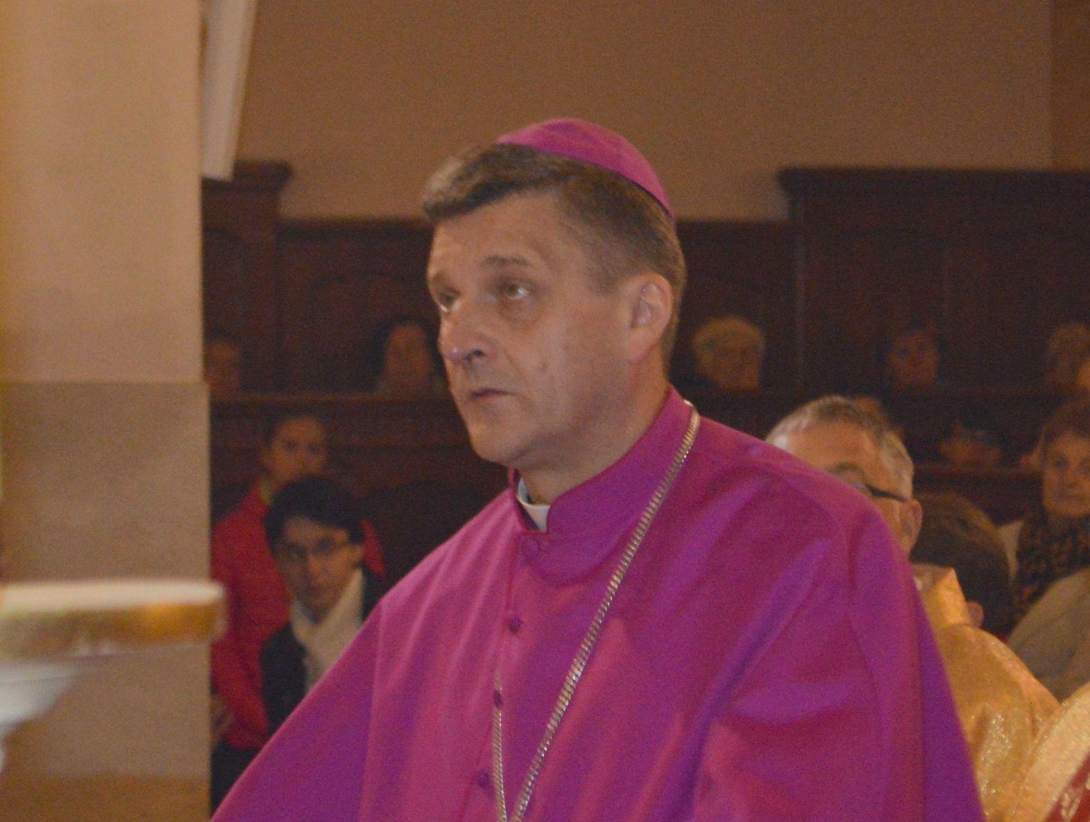 Biskup Roman Pindel ma koronawirusa