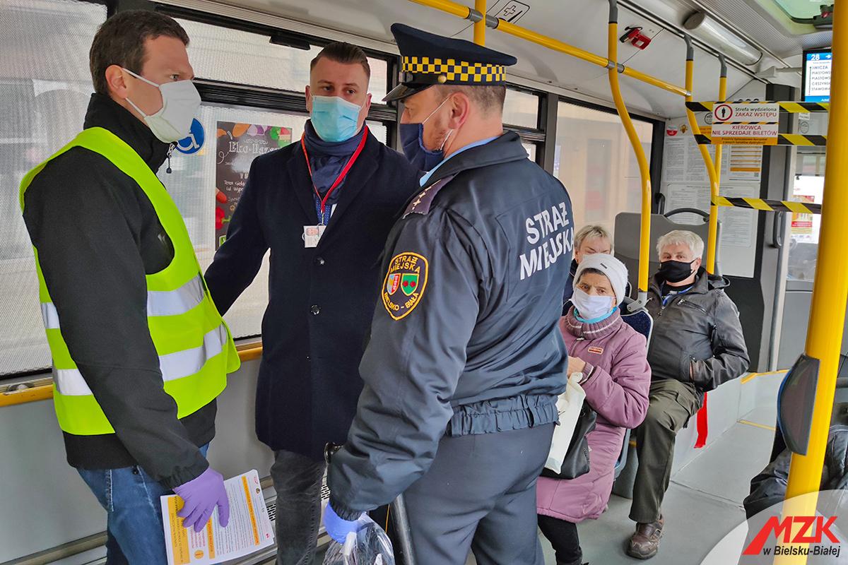 Akcja Maska w bielskich autobusach [FOTO]