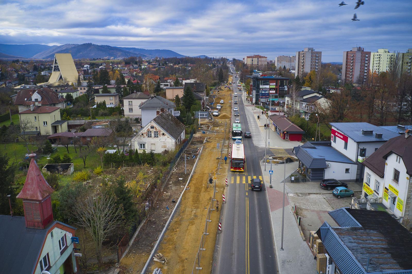 Co słychać na remontowanej ulicy Cieszyńskiej w Bielsku-Białej? [VIDEO]