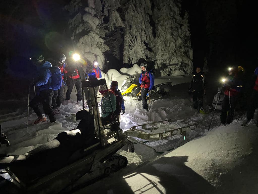 Ludzie idą w góry, choć warunki fatalne. GOPR w akcji