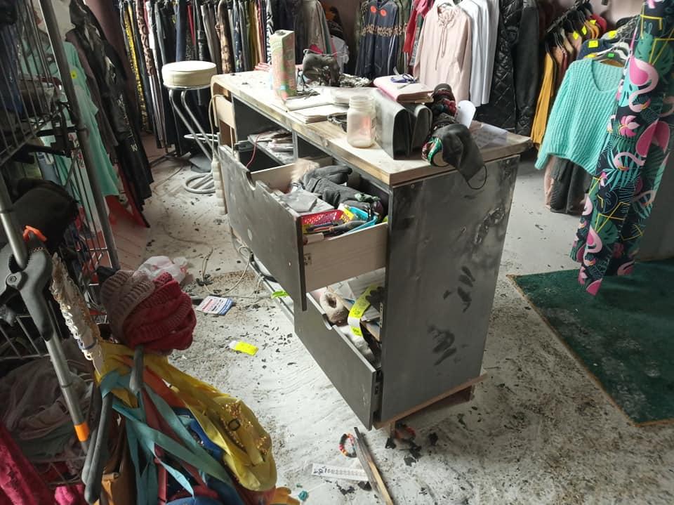 Pożar w sklepie odzieżowym