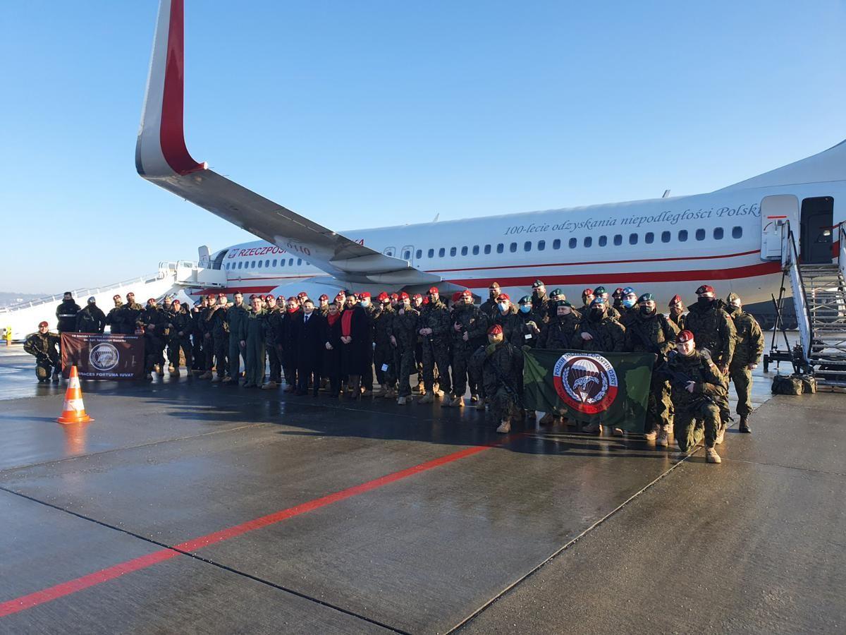 Bielscy żołnierze wylądowali w Prisztinie