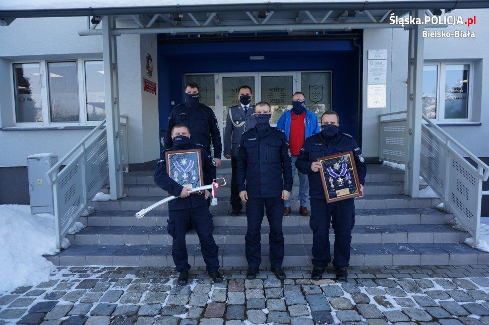 Pożegnano funkcjonariuszy: w policyjnym mundurze od 30 lat
