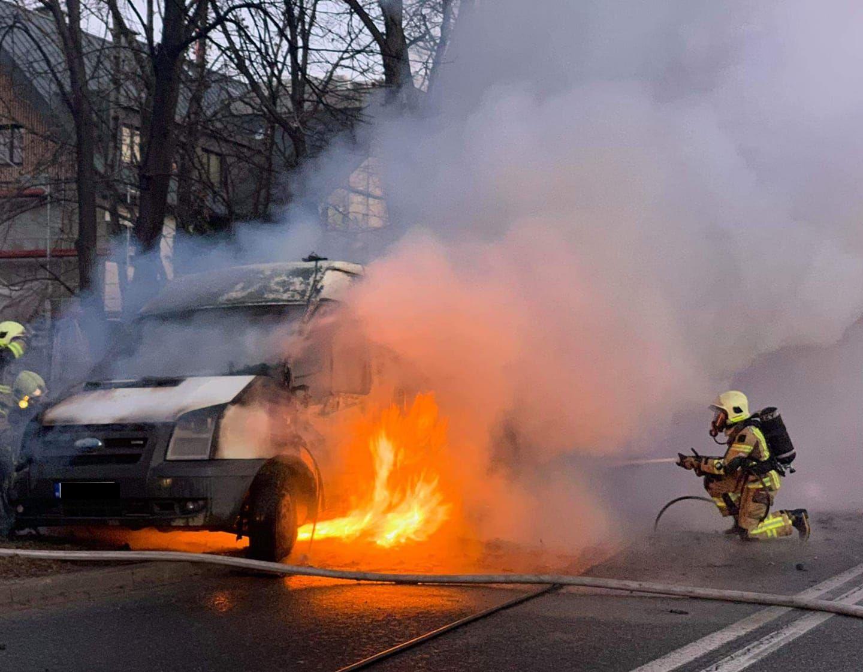 Rano spłonął samochód