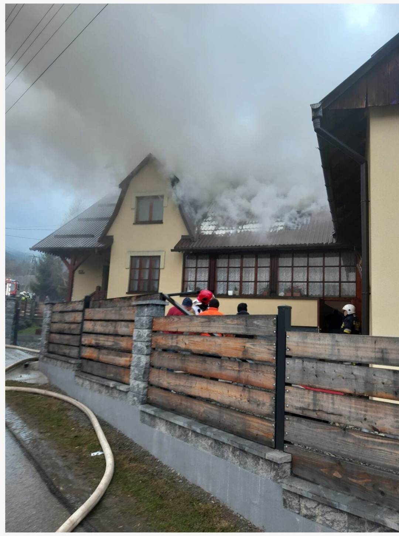 Trwa zbiórka na odbudowę domu po pożarze
