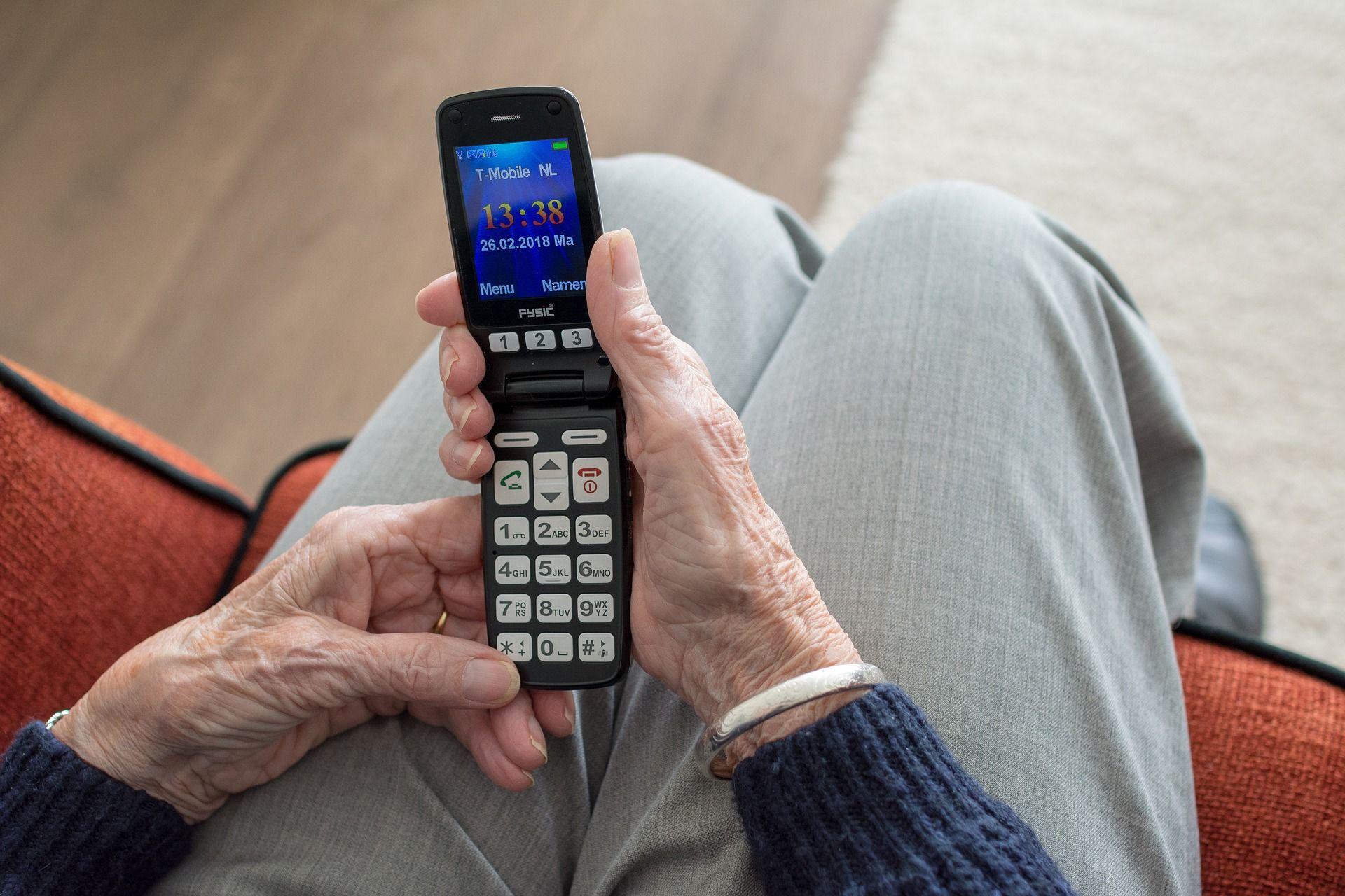 Starsze osoby znowu na celowniku oszustów