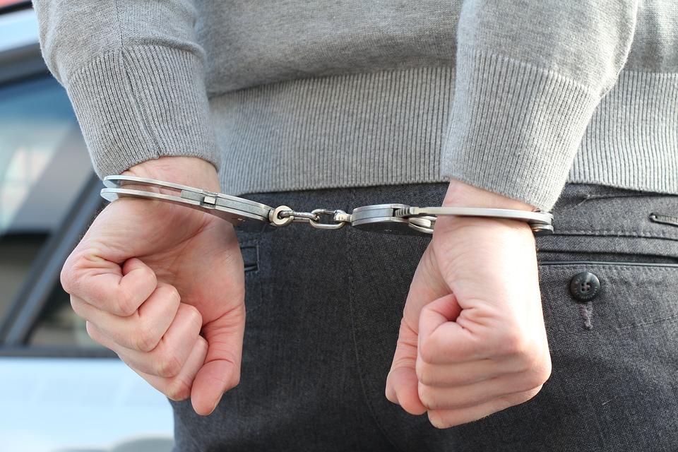 Poszukiwany zatrzymany, bo nie miał maseczki