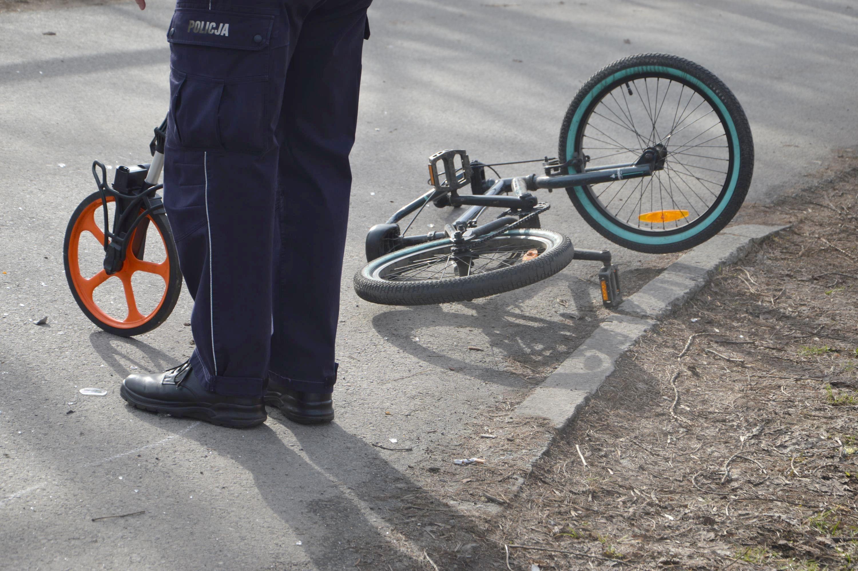 Kierująca autem uderzyła w trzech rowerzystów