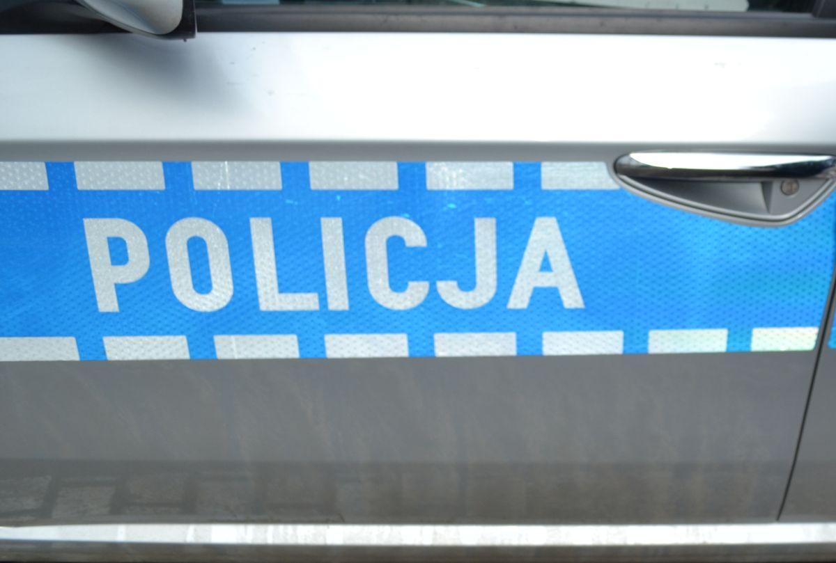 Policjanci wyjaśniają przyczyny potrącenia nastolatki