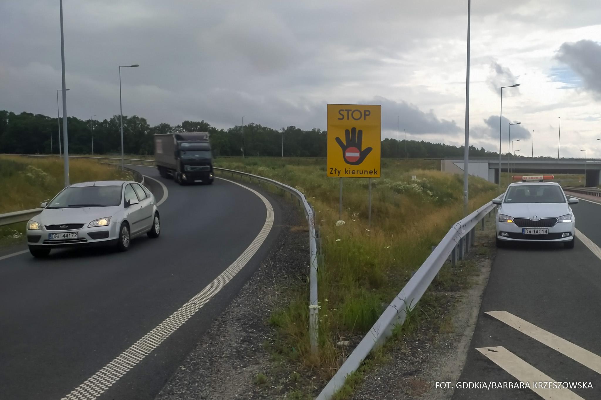 Nowe tablice informacyjne na drogach