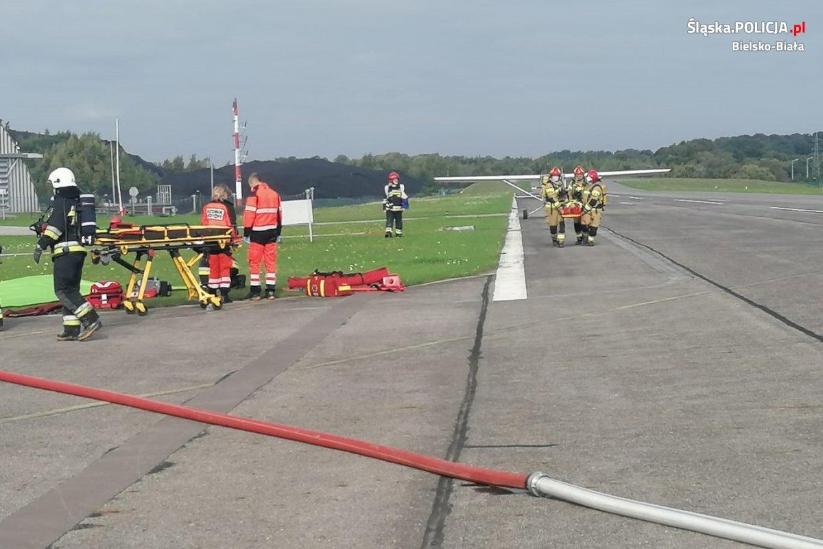 Akcja służb ratowniczych na lotnisku w Kaniowie