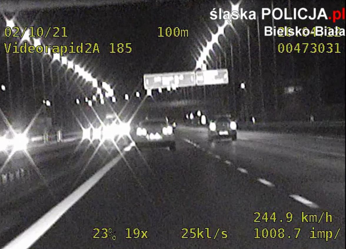 Bielska grupa SPEED zatrzymała kierowcę, który jechał z prędkością ponad 240 km/godz.